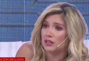 Laura Fernández se quebró en vivo