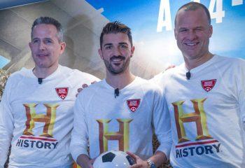 Los grandes futbolistas del mundo se unen por <i>La historia del fútbol</i>