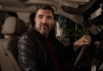 <i>Psíquico al volante</i> llega a la pantalla de Lifetime