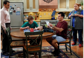 Maratón de <i>Two and a Half Men</i>  en Warner Channel