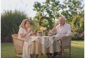 Mónica y César vuelven con Netflix