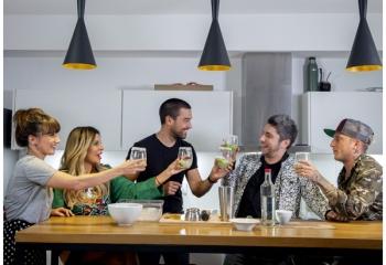 Turner expande <i>Divina comida</i> en Latinoamérica